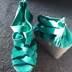 Shoes - Dv SZ 8.5 green suede shoes